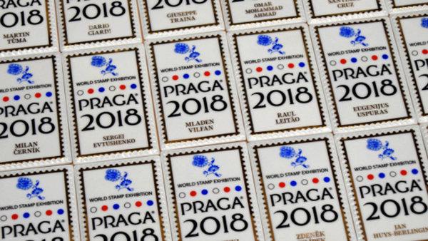 Unikáty světové filatelie na výstavě v Praze. Mezi hlavní lákadla patří modrý a červený mauritius i Bombay Cover