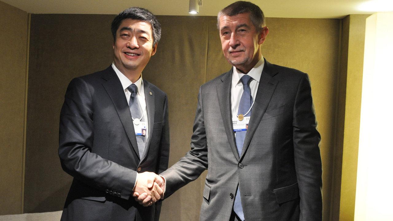 Český premiér Andrej Babiš se v rámci Světového ekonomického fóra v Davosu setkal s předsedou představenstva čínské firmy Huawei Kenem Hu.