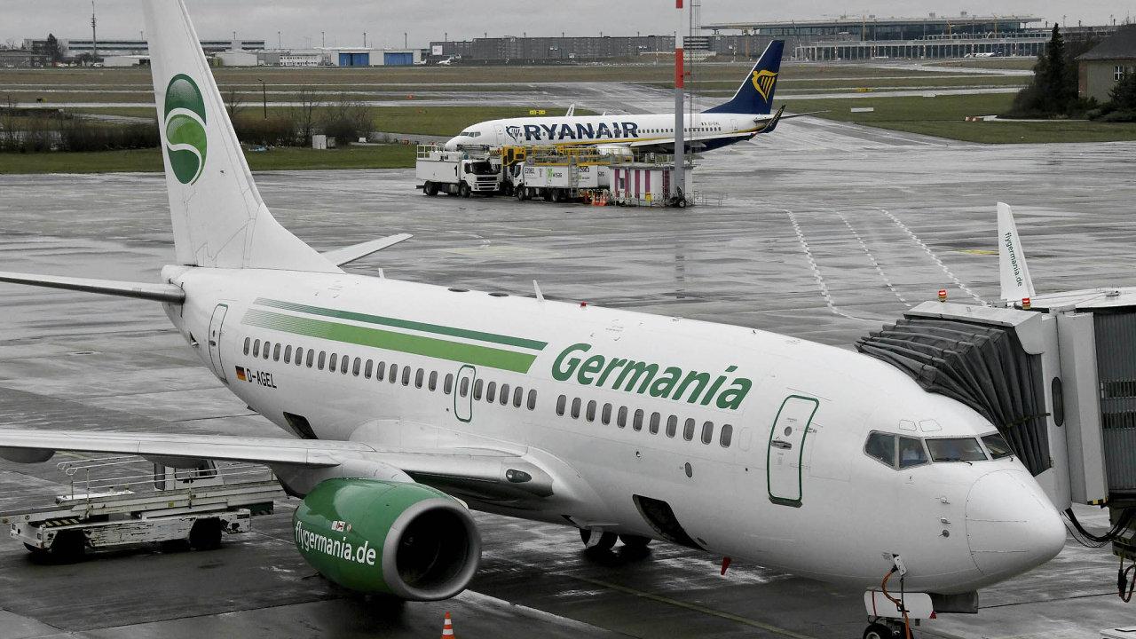 Pilotům, mechanikům apalubnímu personálu Germanie nabídl práci irský dopravce Ryanair.