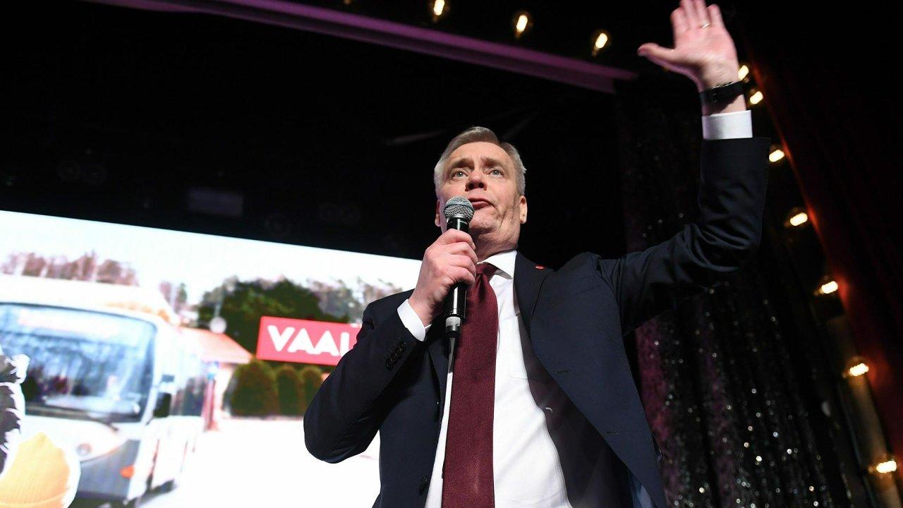 """""""Poprvé odroku 1999 jsme největší stranou veFinsku. Stranou, která bude mít premiérský post,"""" prohlásil pozveřejnění výsledků šéf sociálních demokratů Antti Rinne."""
