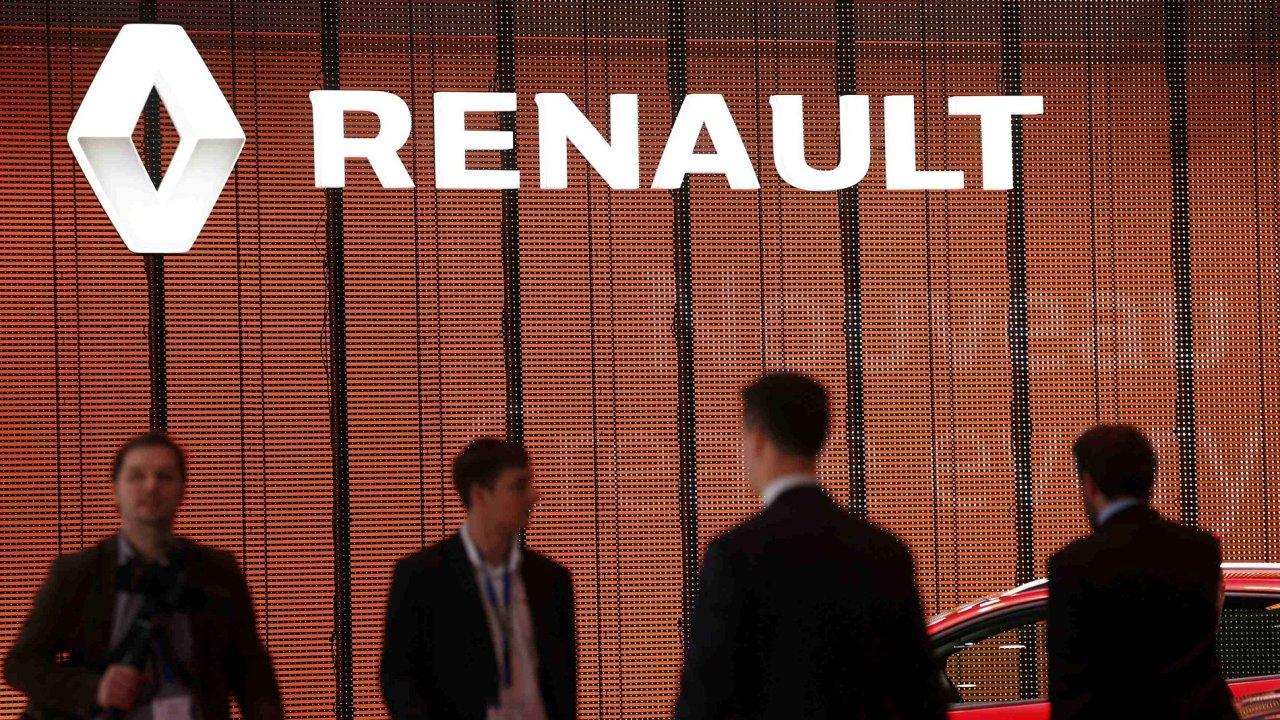 Stánek Renault na autosalonu v Ženevě