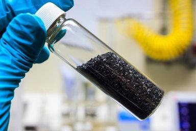 Vchemii apotravinářstvíseuplatňují filtry aabsorpční činidla svelkým aktivním povrchem.
