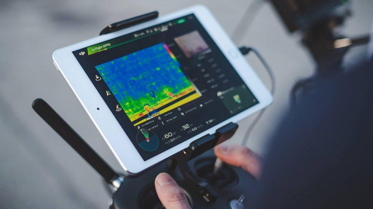 V současné době bude dodání stovky termokamer v řádu týdnů kvůli situaci na trhu pro každého výrobce na světě oříšek.