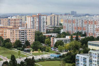 Ceny bytů v Praze a krajských městech letos v prvním čtvrtletí meziročně vzrostly v průměru o 13 procent na 65 400 korun za metr čtvereční.