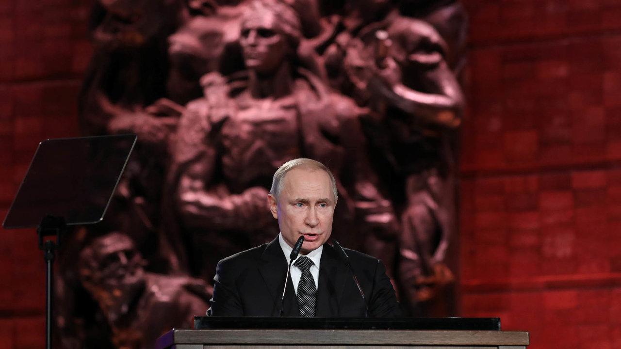 Vladimir Putin bude mít právo zůstat prezidentem až doroku 2036.