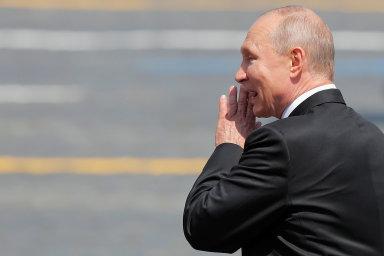 Unijní lídři jsou na summitu rozdělení v otázce vrcholné schůzky s Putinem. Babiš jasný postoj nezaujal