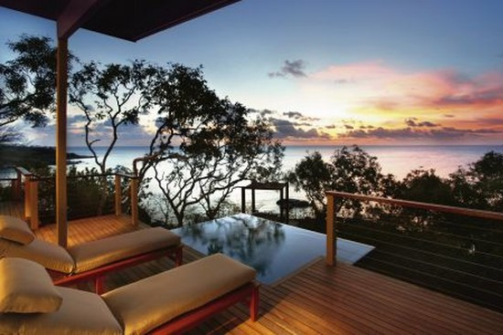 Práce snů v tropickém ráji.