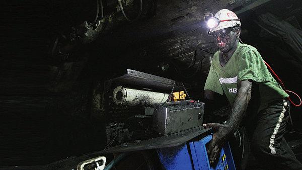 Dělník v dole NWR na Ostravsku, ilustrační foto