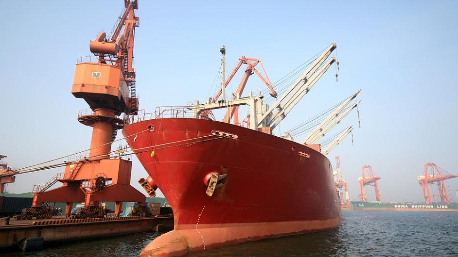 Čínský přístav - ilustrační foto