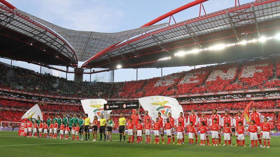 Stadion lisabonské Benfiky přivítá letošní finále Ligy mistrů. Kolika týmů z této soutěže se dotknou tresty kvůli finanční fair play?