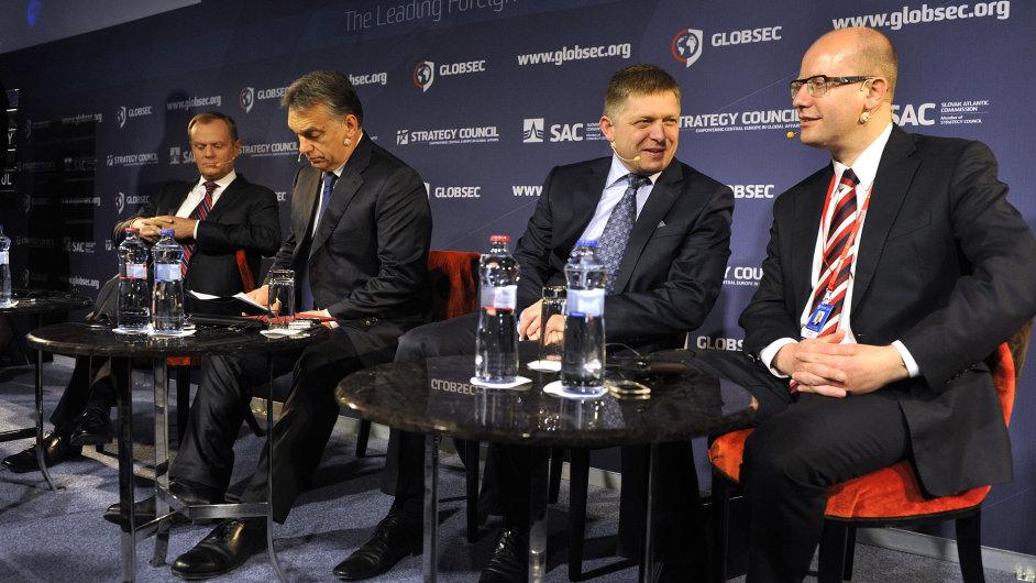 Účastníci konference Globsec