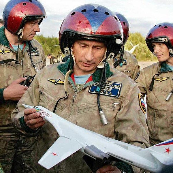 Rusko je velk� nukle�rn� mocnost ochotn� pou��t s�lu....