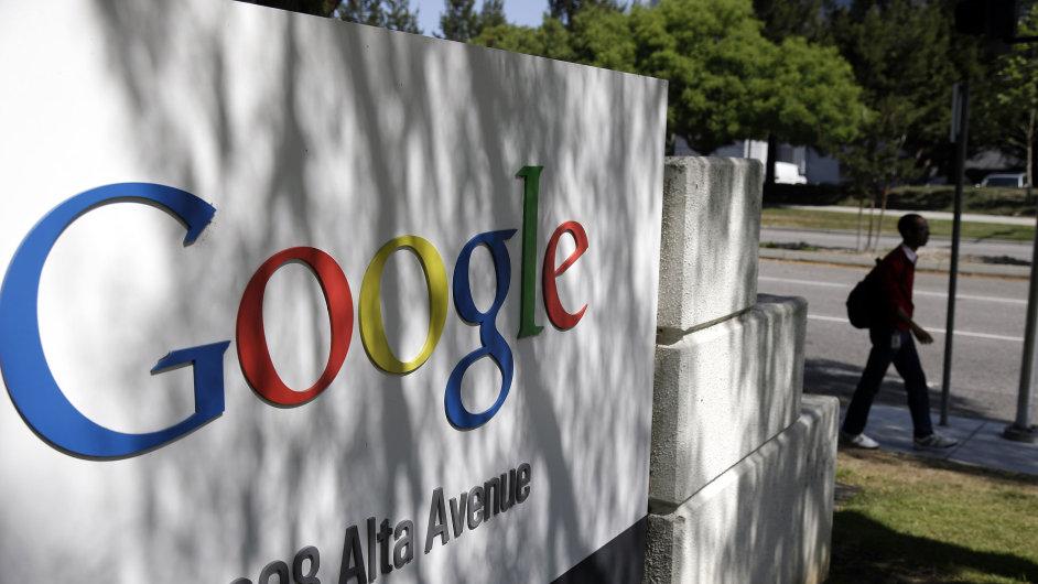 Evropský parlament chce omezit vliv americké společnosti Google na internetu