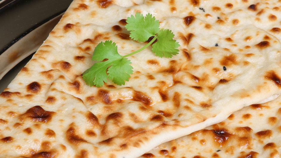 V Indii se nán servíruje jako příloha ke všem typům jídel.