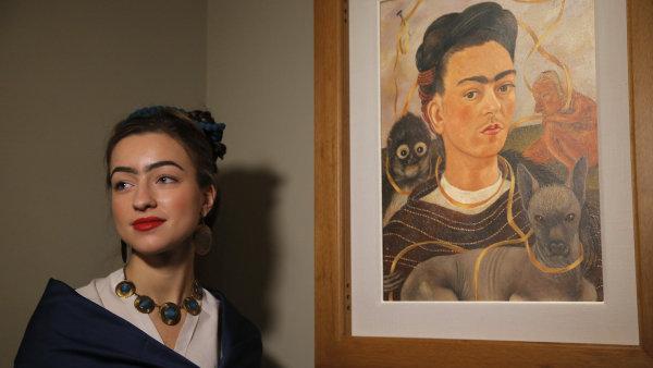 Sn�mek z v�stavy Fridy Kahlo
