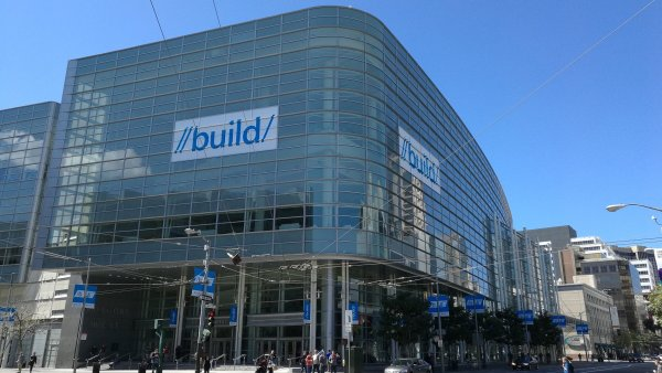 Konference Microsoft Build probíhá tento týden v Moscone Center v San Franciscu