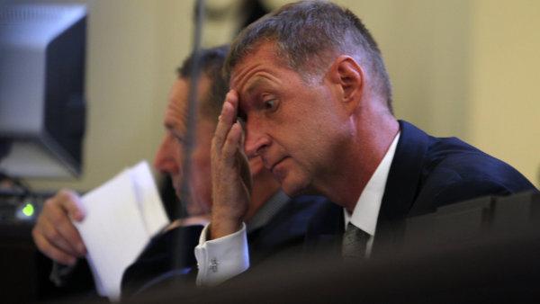 Janoušek stál u zrodu Chambonu a ve firmě měl podíl, sám ale nyní stíhán není.