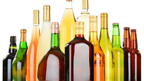 Česko žaluje Evropskou komisi, bojí se o stamiliony z lihu. Nová pravidla pro denaturaci alkoholu jsou příliš mírná, říká vláda - ilustrační foto.