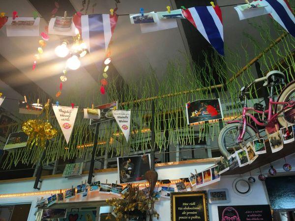 Our Cafe, Křižíkova ulice v Karlíně.