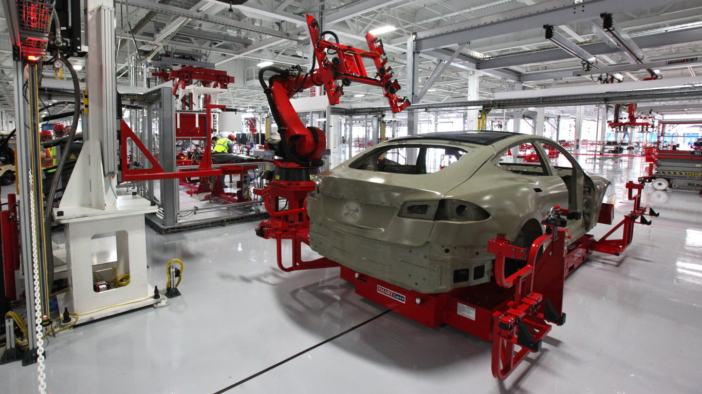 Tesla Motors továrna - Model S