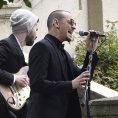 Nekrolog: Chester Bennington z kapely Linkin Park byl emocionálně silný zpěvák, v mládí si prošel peklem