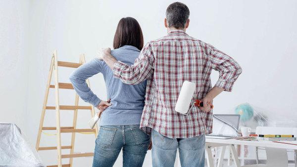 Před začátkem rekonstrukce si zjistěte, zda budete potřebovat stavební povolení, nebo stačí stavbu jen ohlásit.