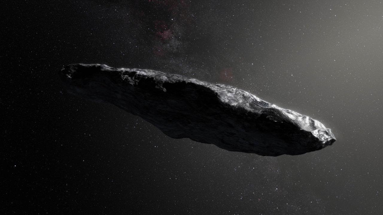 Oumuamua má podle všeho podivný tvar připomínající spíš doutník: je dlouhá přibližně 130 metrů, průměr činí asi 30 metrů. Okolo své osy se otočí jednou za osm hodin a pár minut.
