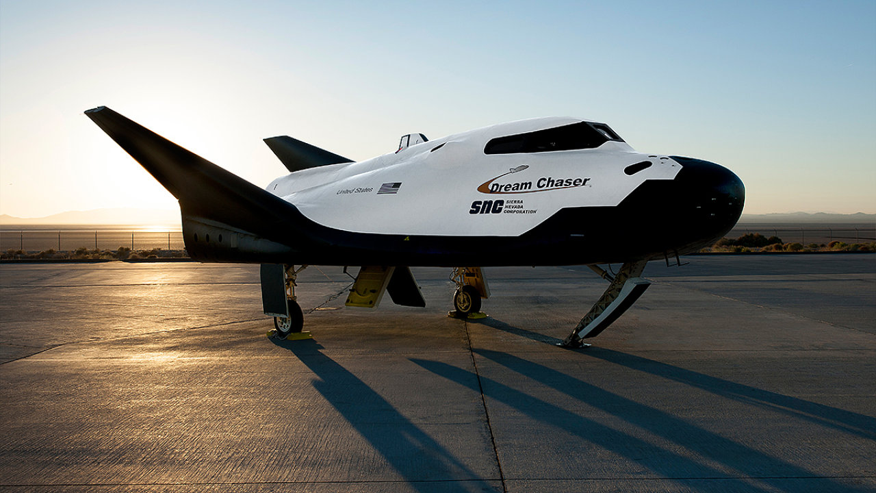 Raketoplán Dream Chaser společnosti Sierra Nevada Corporation.