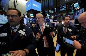 Prudký pokles na amerických akciových trzích začal už minulý týden v pátek.