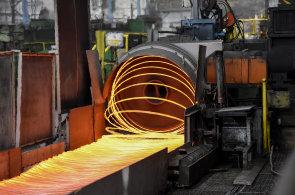 V ArcelorMittalu vyrobí ročně kolem půl milionu tun drátů. Podívejte se, jak se vyrábí ocel