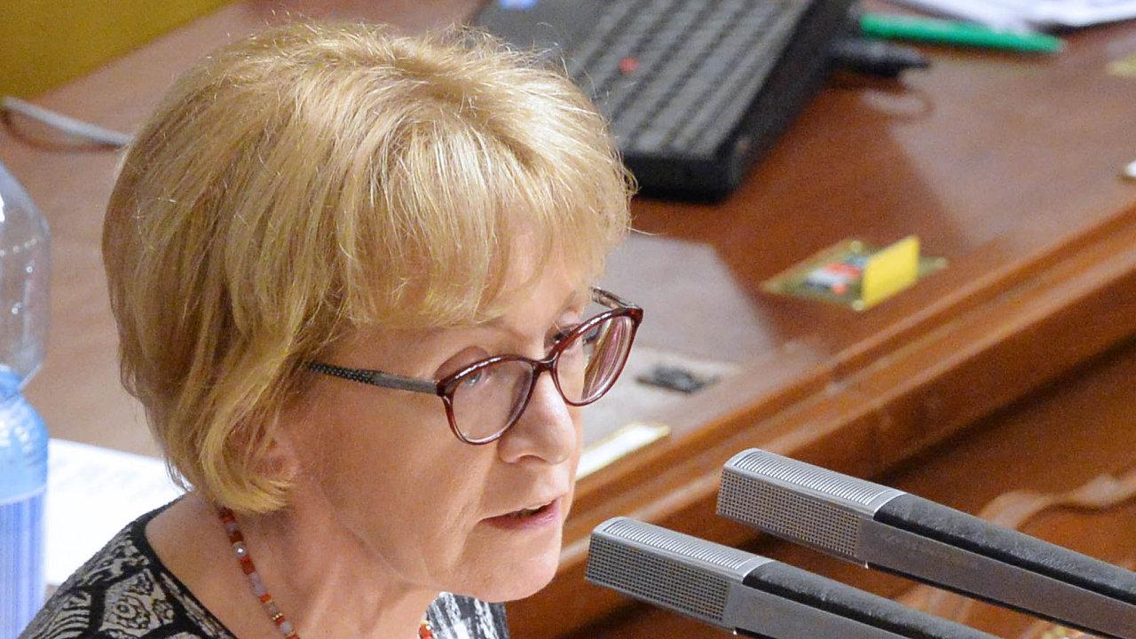 Poslankyně zaANO Helena Válková prosadila svůj návrh, byť jej poslanci výrazně okleštili.