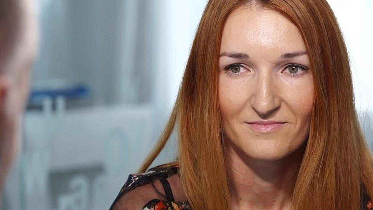 Přibývá lidí závislých na pornu, může rozložit sexuální život i vztah, říká Krejčová