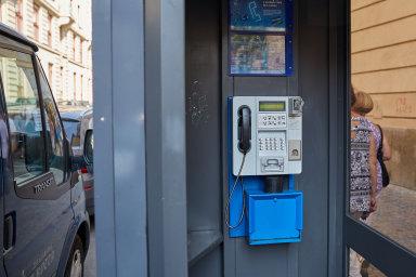 Nejvíce telefonních budek provozovalo O2 na přelomu století, kdy jich fungovalo přes 30 tisíc. Příští rok končí posledních 1150 z nich - Ilustrační foto.