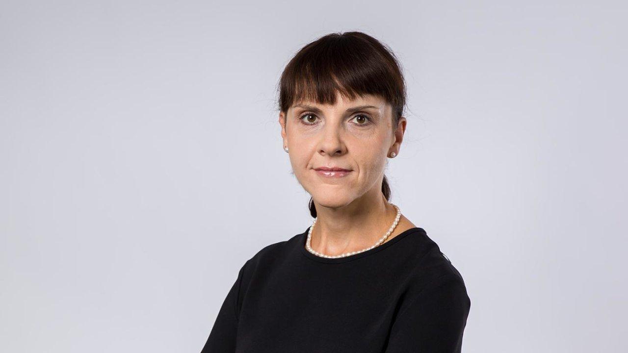 Polská velvyslankyně v Praze Barbara Ćwiorová byla kvůli šikaně svých podřízených vyšetřována zvláštní komisí 11 měsíců.