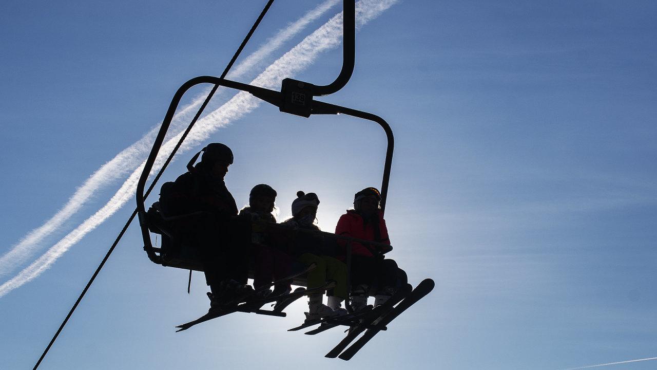 Šumavský skiareál Ski&Bike Špičák rozjel provoz od 18. prosince.